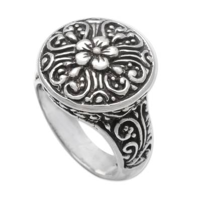 Sterling silver cocktail ring, 'Crown of Flowers' - Bali Artisan Crafted Floral Cocktail Ring