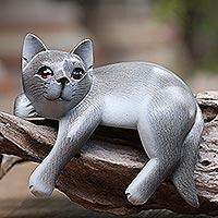 Wood statuette, 'Quaint Cat' - Hand Carved Suar Wood Cat Statuette