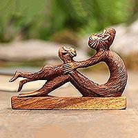 Suar wood statuette, 'Monkey and Son'