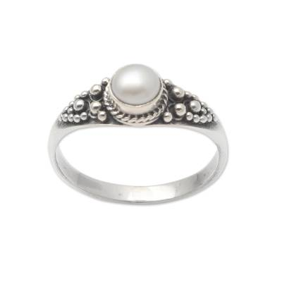 Cultured Pearl and Sterling Silver Single Stone Ring