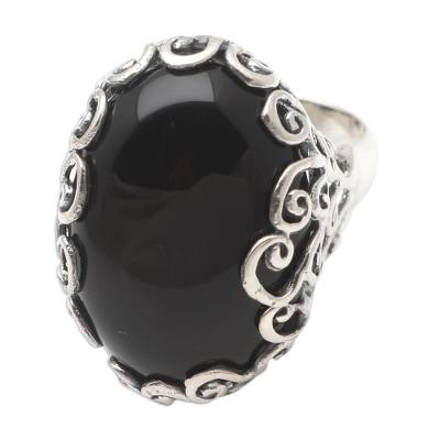 Onyx cocktail ring, 'Licorice Candy' - Unisex Sterling Silver and Onyx Cocktail Ring