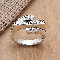 Sterling silver cocktail ring, 'It's Complicated' - Artisan Crafted Sterling Silver Cocktail Ring