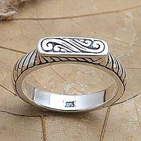 Sterling silver cocktail ring, 'Silver Plateau' - Artisan Made Sterling Silver Cocktail Ring