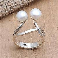 Cultured pearl cocktail ring, 'Eye See You' - Cultured Pearl and Sterling Silver Cocktail Ring