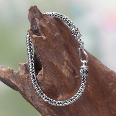Bracelet, 'Fishbone Twist' - Artisanmade Sterling Silver Chain Bracelet