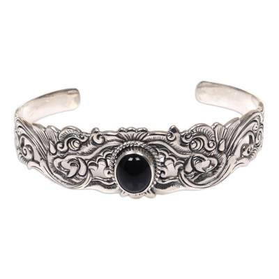 Onyx bracelet, 'Eagle Eye' - Onyx bracelet