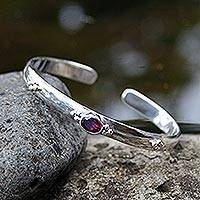Garnet cuff bracelet, 'Eye of Beauty'