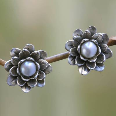 Pearl flower earrings, 'White-Eyed Lotus' - Floral Pearl and Sterling Silver Button Earrings