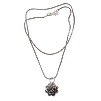 Floral Sterling Silver Garnet Pendant Necklace
