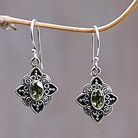 Peridot flower earrings, 'Lime Blossoms' - Women's Floral Peridot Silver Earrings