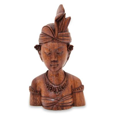 Wood sculpture