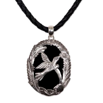 Onyx pendant necklace, 'Perfectly Free' - Onyx pendant necklace