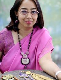 Ritu Thapar