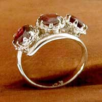 Featured review for Garnet 3 stone ring, Glamorous