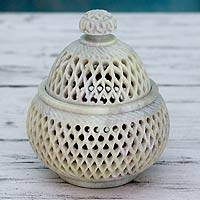 Soapstone jar, 'Lattice Lace' (medium) - Hand Carved Soapstone Jali Jar (Medium)