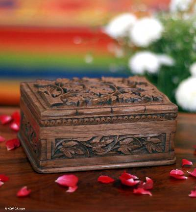 Hand Carved Leaf Jewelry Box