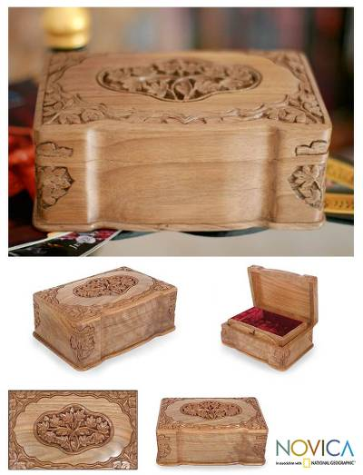Wood jewelry box, 'Ivy Cameo' - Hand Carved Wood Jewelry Box