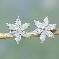 Sterling silver flower earrings, 'Snow Blossom' - Sparkling Stud Earrings with Cubic Zirconia from India