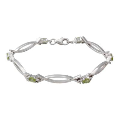 Handmade Green Peridot Sterling Silver Delicate Link Bracelet