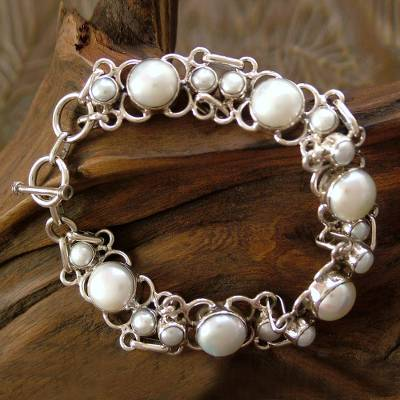 Pearl link bracelet, 'Clarity' - Pearl Bracelet Handcrafted in Sterling Silver Bridal Jewelry