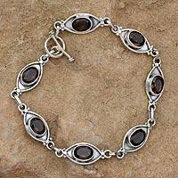 Smoky quartz bracelet, 'Eye of the Night' - Smoky quartz bracelet