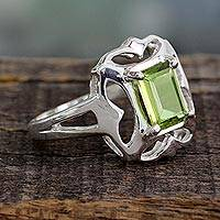Peridot cocktail ring, 'Reverie'