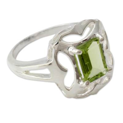 Peridot cocktail ring, 'Reverie' - Sterling Silver Single Stone Peridot Ring