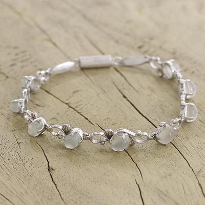 Moonstone flower bracelet, 'Moonlit Dreams' - Moonstone flower bracelet