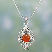 Carnelian pendant necklace, 'Bouquet'