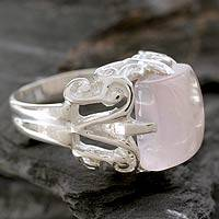 Rose quartz cocktail ring, 'Elegance' - Sterling Silver and Rose Quartz Cocktail Ring