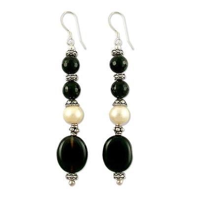 Pearl and onyx dangle earrings
