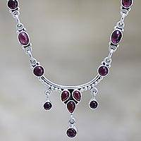 Garnet choker, 'Classic Beauty' - Sterling Silver and Garnet Necklace