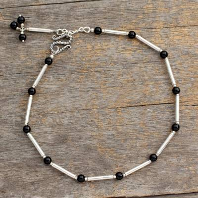 Onyx anklet, 'Legendary Muse' - Artisan Crafted Onyx Anklet with Sterling Silver from India