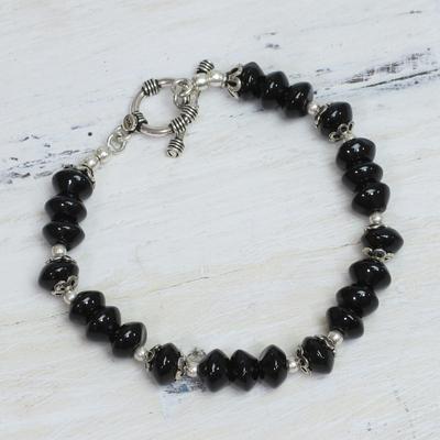 Onyx beaded bracelet, 'Modern Mystery' - Onyx beaded bracelet