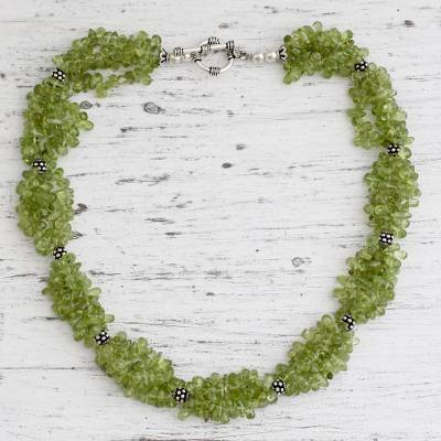 Song of Summer (India) Peridot Beaded Necklace