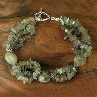 Labradorite beaded bracelet, 'Lady of Mystery' - Labradorite beaded bracelet