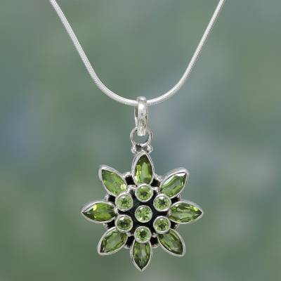 Peridot flower necklace, 'Sunflower Green' - Hand Crafted Women's Sterling Silver Peridot Jewelry