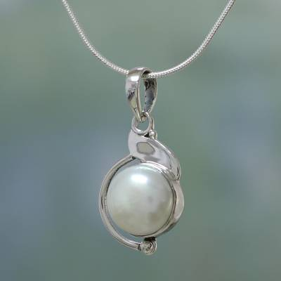 Pearl pendant necklace, 'India Rapture' - Sterling Silver and Pearl Pendant Necklace