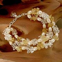 Pearl and citrine beaded bracelet, 'Sunshine Sparkle' - Elegant Handcrafted Pearl and Citrine Bracelet