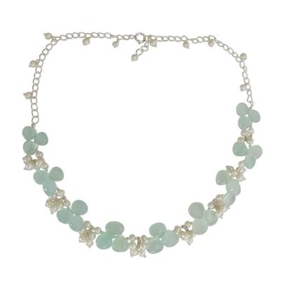 Pearl and chalcedony beaded necklace