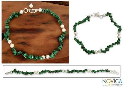 Pearl and malachite beaded anklet, 'Mystic Valley' - Pearl and malachite beaded anklet