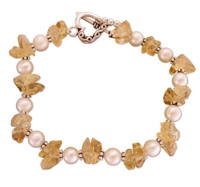 Pearl and citrine heart bracelet, 'Summer Moon' - Pearl and citrine heart bracelet