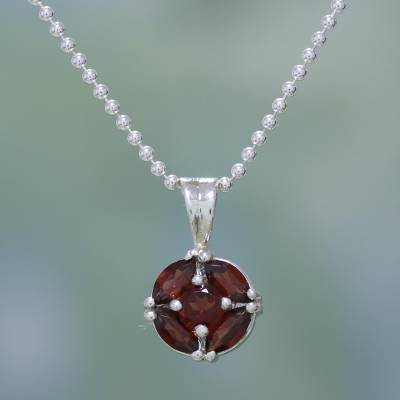 Garnet pendant necklace, 'Jaipur Star' - India jewellery Collection Silver and Garnet Necklace