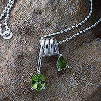 Peridot pendant necklace, 'Hypnotic Fantasy' - Peridot pendant necklace
