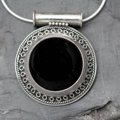 Onyx pendant necklace, 'Moon over Delhi' - Handcrafted Onyx and Silver Pendant Necklace