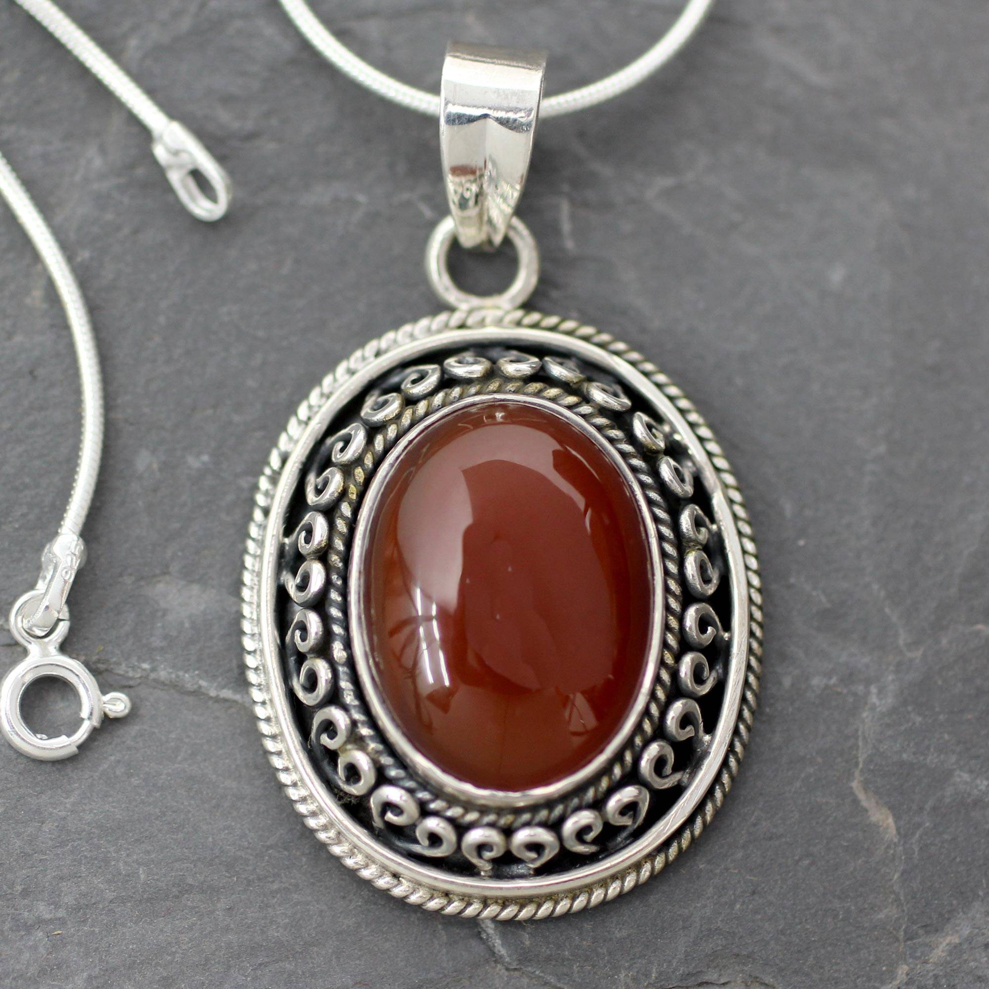 15.75 Tradition NOVICA Onyx .925 Sterling Silver Pendant Necklace