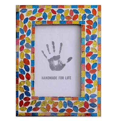 Glass mosaic photo frame, 'Diwali Muse' (4x6) - Glass photo frame (4x6)