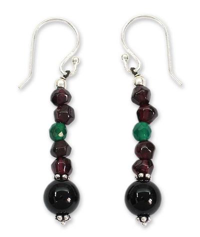 Garnet and onyx dangle earrings