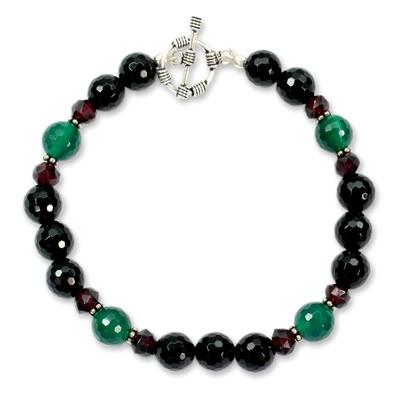 Onyx and garnet beaded bracelet