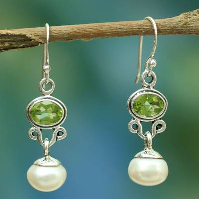 Pearl and peridot earrings, 'Verdant Light' - Sterling Silver jewellery Pearl and Peridot Earrings